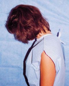 Áramütésszerű érzés fejbiccentéskor: a Lhermitte-jel