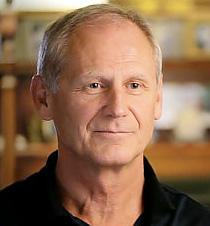 George Jelinek: Overcoming Multiple Sclerosis c. könyv