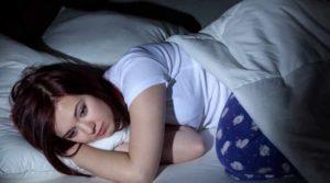 alvászavarral küzdő hölgy